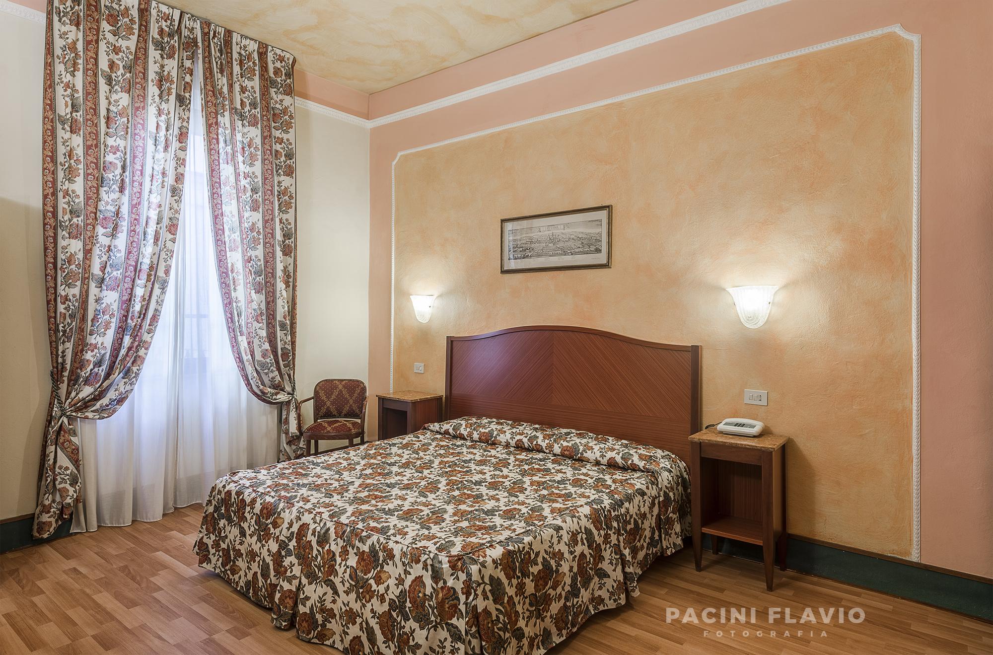 Foto camera d'hotel classica