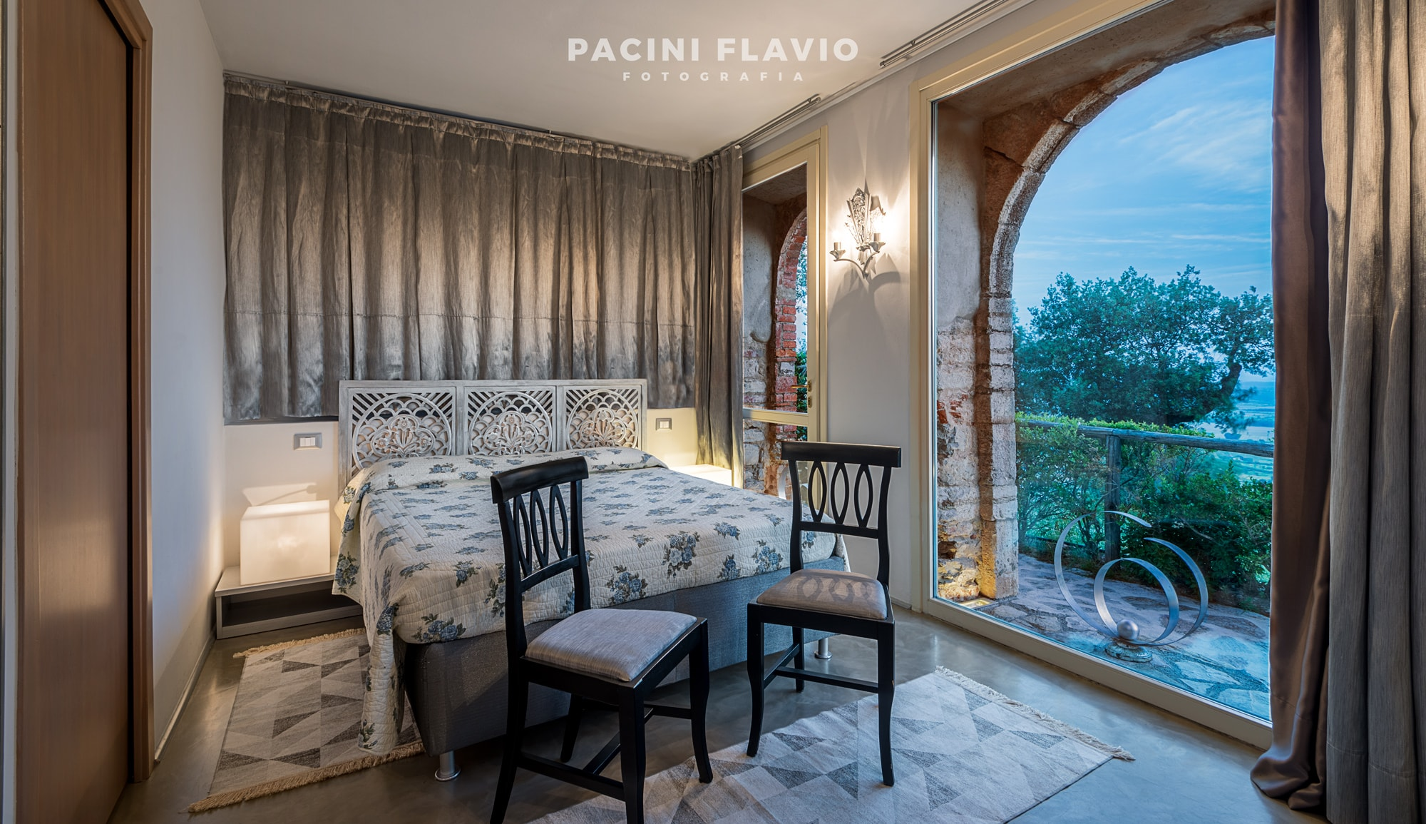 Foto di interni della camera con vista di Villa San Bastiano, Monsummano Alto