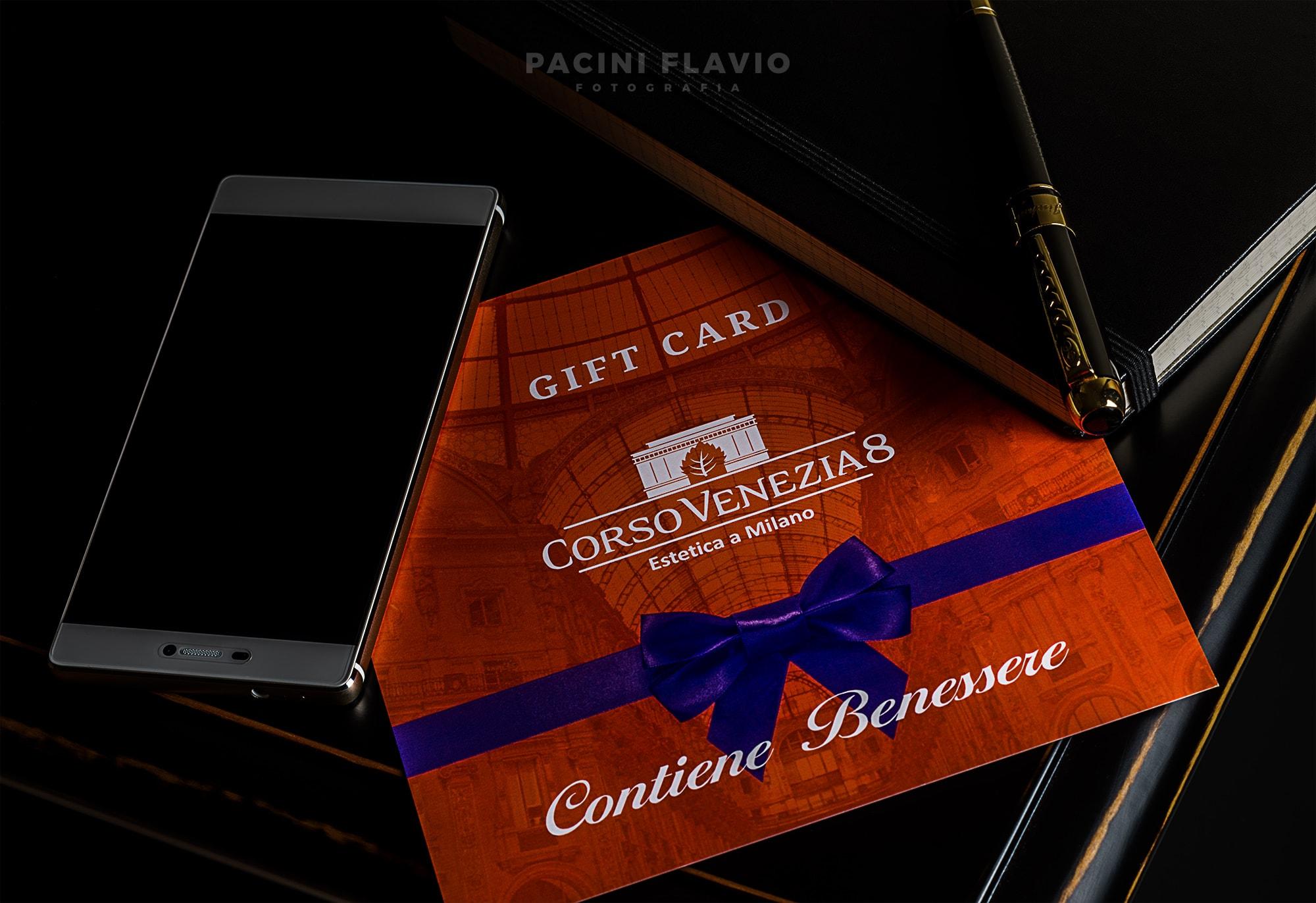 Gift card in ambientazione moderna