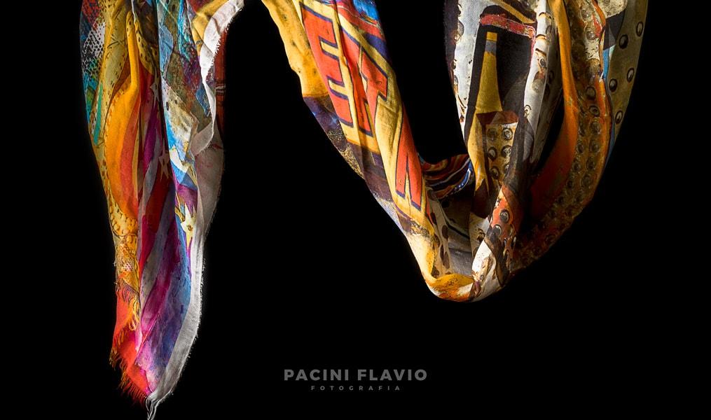 Foto di sciarpa colorata