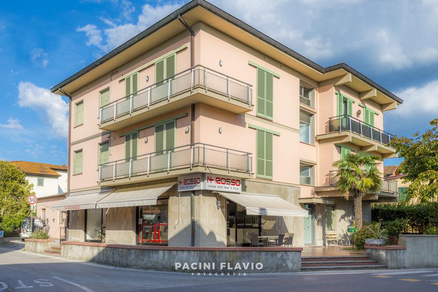 Foto esterni pizzeria 14 Rosso a Larciano